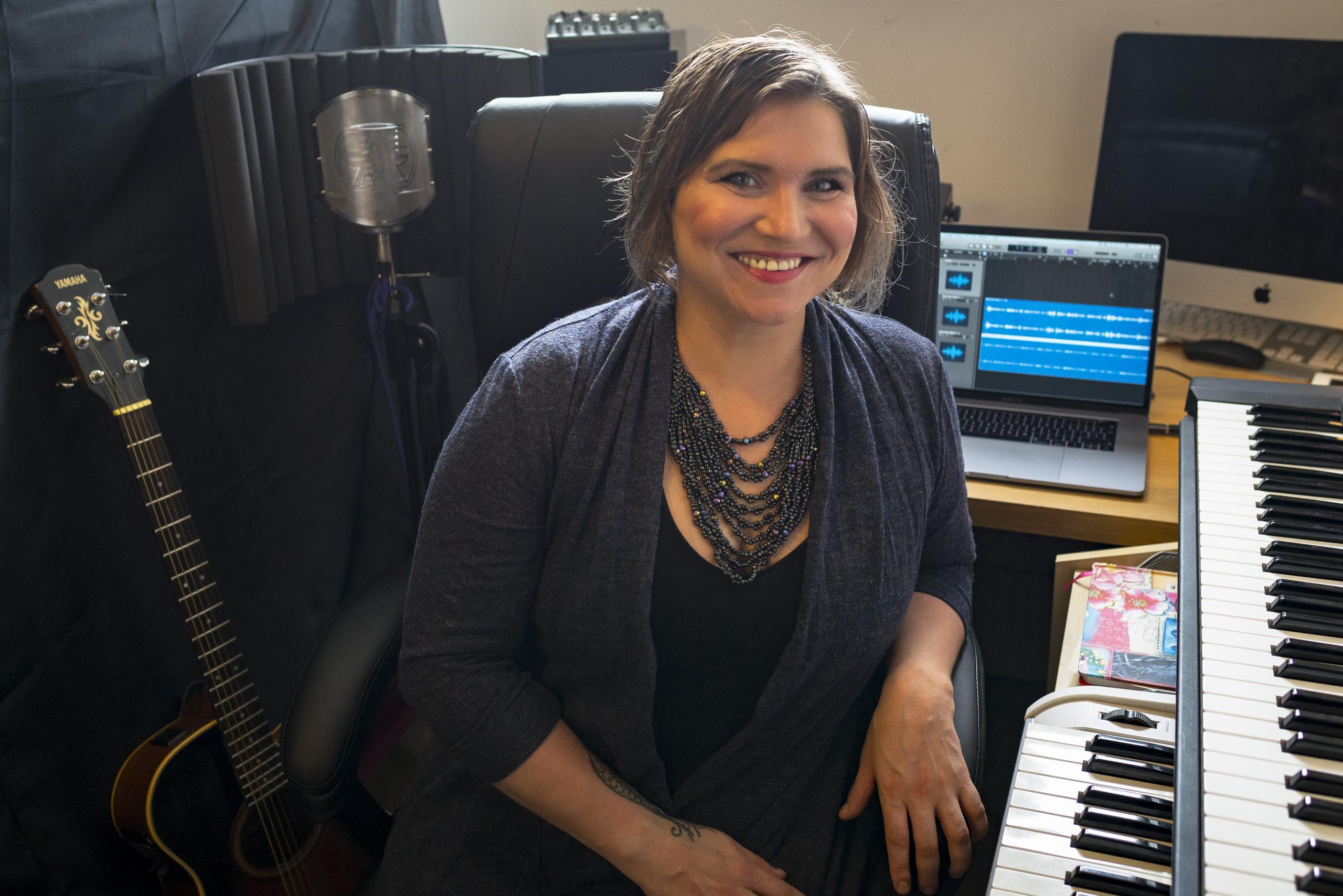 Kaya in studio